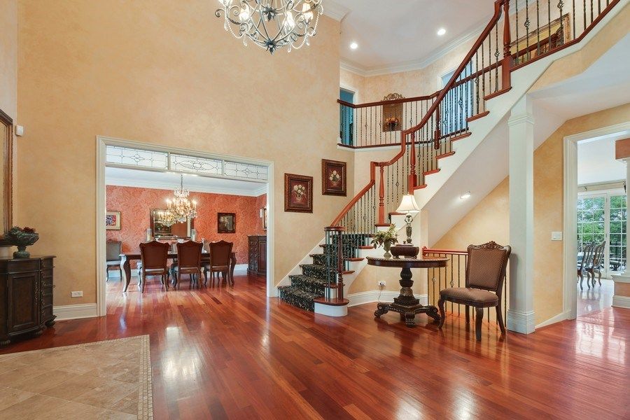 Real Estate Photography - 20961 W. Lakeview Parkway, Mundelein, IL, 60060 - Foyer