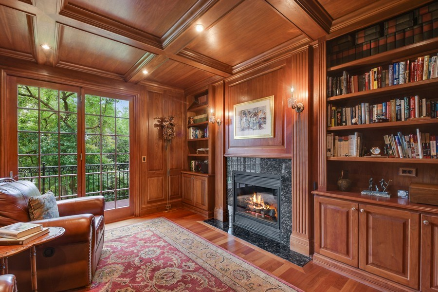 Real Estate Photography - 20977 W. Lakeview Parkway, Mundelein, IL, 60060 - Library