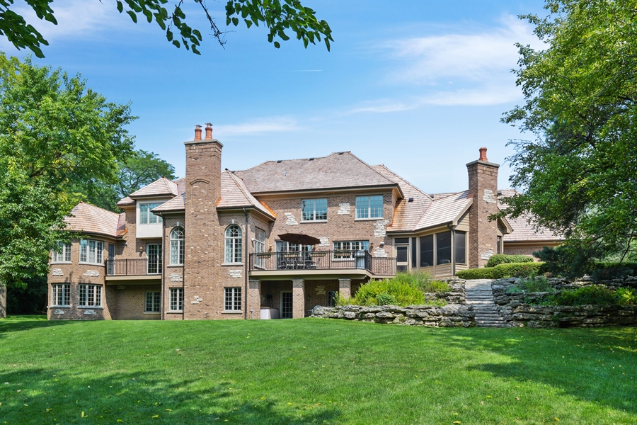 Real Estate Photography - 20961 W. Lakeview Parkway, Mundelein, IL, 60060 - Rear View