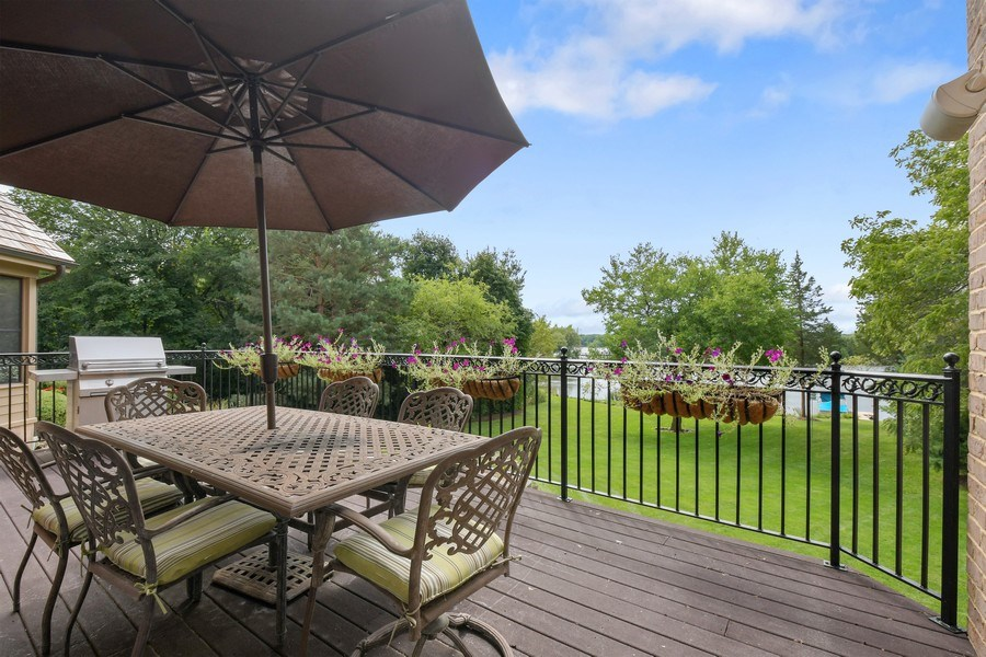 Real Estate Photography - 20961 W. Lakeview Parkway, Mundelein, IL, 60060 - Deck
