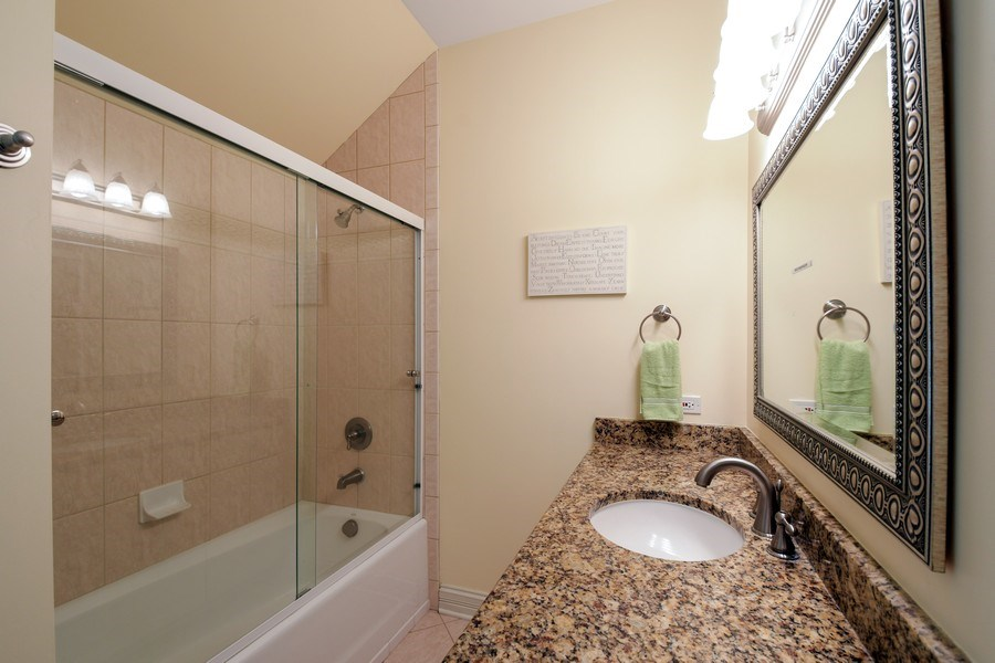 Real Estate Photography - 20977 W. Lakeview Parkway, Mundelein, IL, 60060 - 2nd Bathroom