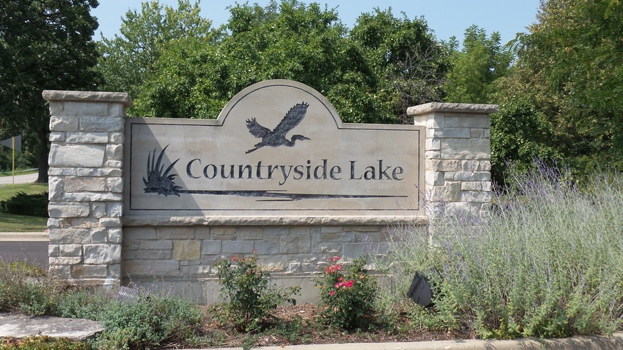 Real Estate Photography - 20977 W. Lakeview Parkway, Mundelein, IL, 60060 -