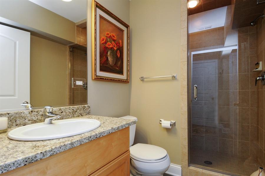 Real Estate Photography - 1909 Alta Vista Court, Naperville, IL, 60563 - 3rd Bathroom
