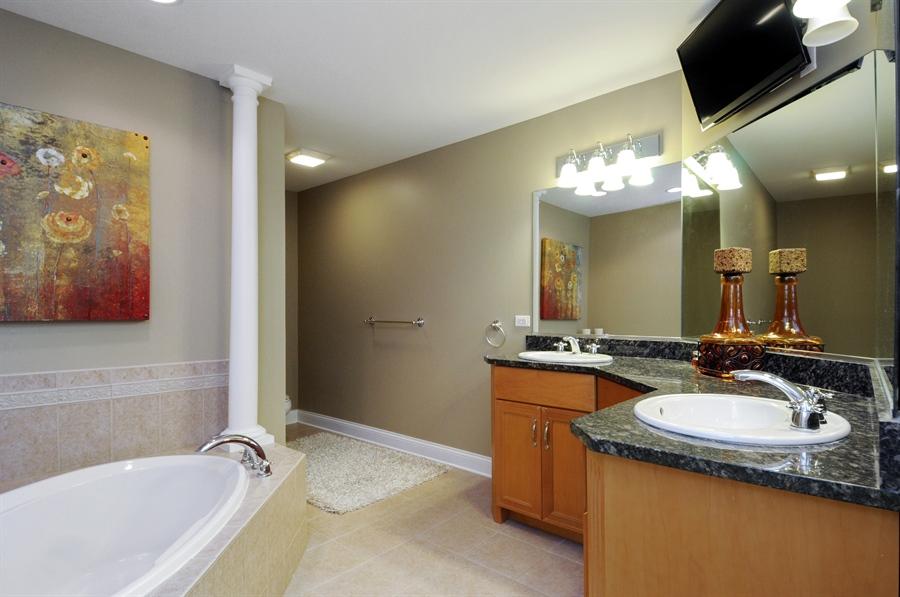 Real Estate Photography - 1909 Alta Vista Court, Naperville, IL, 60563 - Master Bathroom