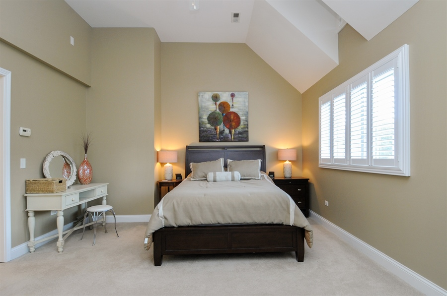 Real Estate Photography - 1909 Alta Vista Court, Naperville, IL, 60563 - Master Bedroom