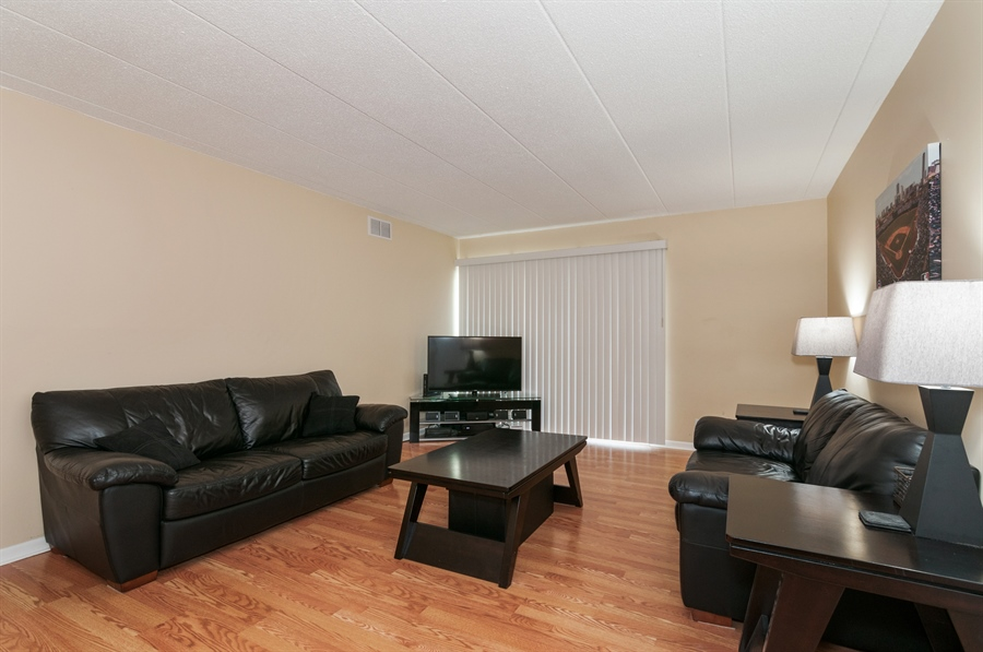 Real Estate Photography - 513 Timber Ridge Drive, Unit 106, Carol Stream, IL, 60188 - Living Room