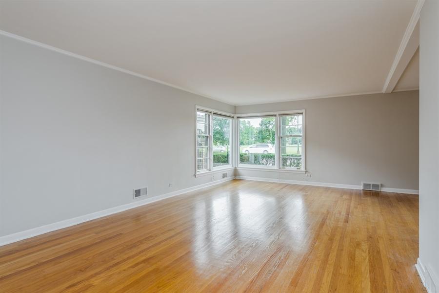 Real Estate Photography - 4618 W. Devon Avenue, Lincolnwood, IL, 60712 - Living Room