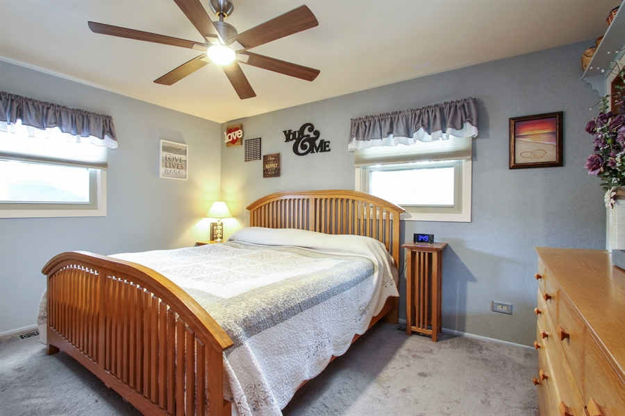 Real Estate Photography - 220 Briar Lane, Lindenhurst, IL, 60046 - SPACIOUS MASTER BR W/CEILING FAN/LIGHT