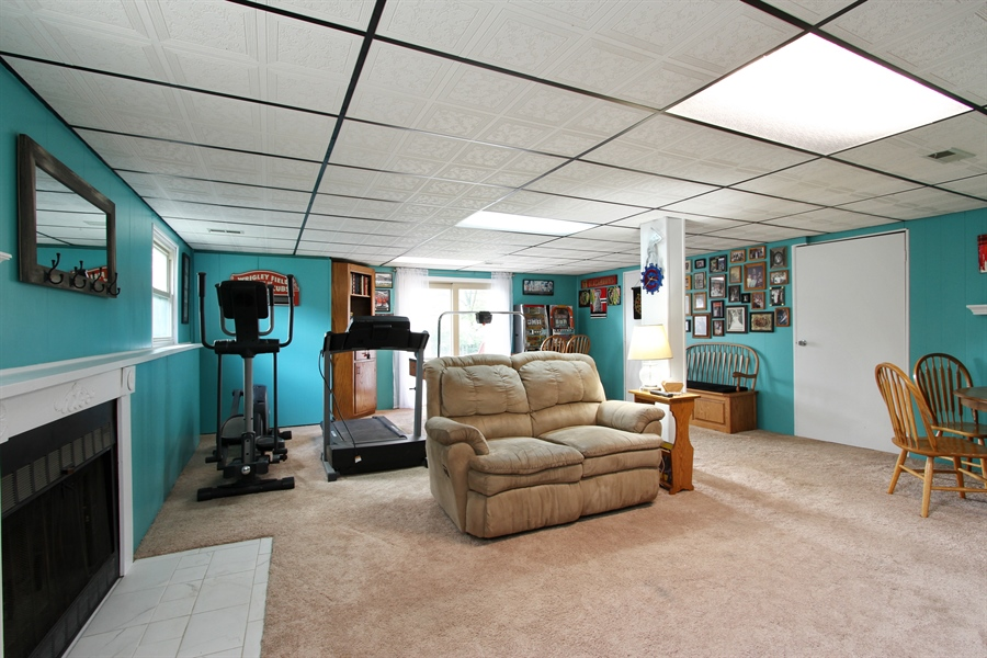 Real Estate Photography - 220 Briar Lane, Lindenhurst, IL, 60046 - SPACE TO SPREAD OUT W/BONUS CRAFT ROOM & WORKSHOP