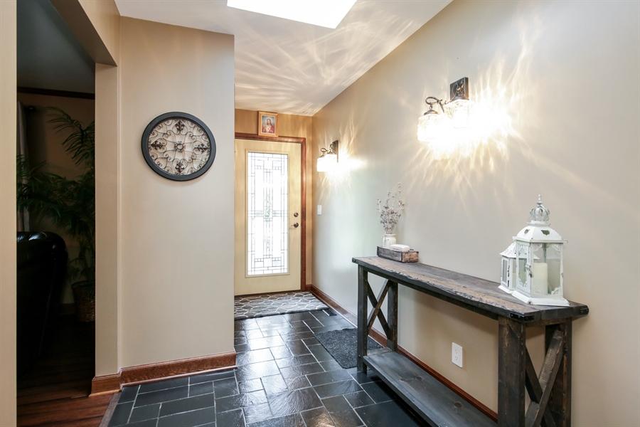 Real Estate Photography - 732 Hillside Court, Algonquin, IL, 60102 - Foyer