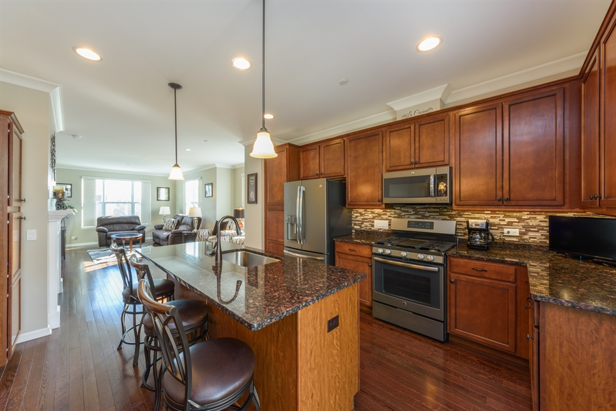 Real Estate Photography - 409 Lexington Lane, Rolling Meadows, IL, 60008 - Kitchen / Living Room