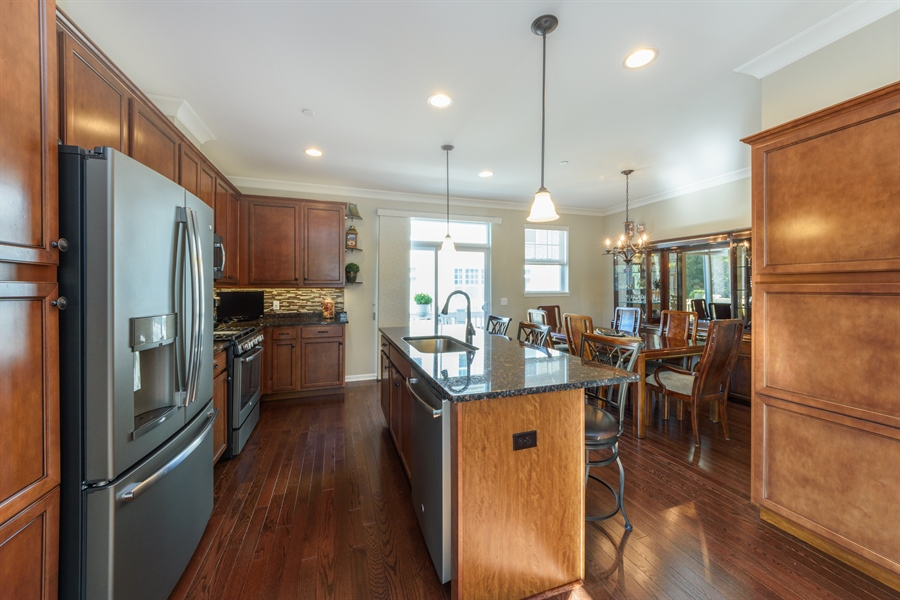 Real Estate Photography - 409 Lexington Lane, Rolling Meadows, IL, 60008 - Kitchen / Dining Room