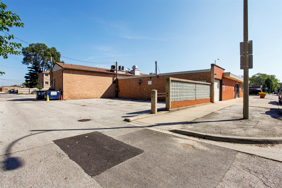 Real Estate Photography - 9148 South Kedzie Ave, Evergreen Park, IL, 60805 - Rear View