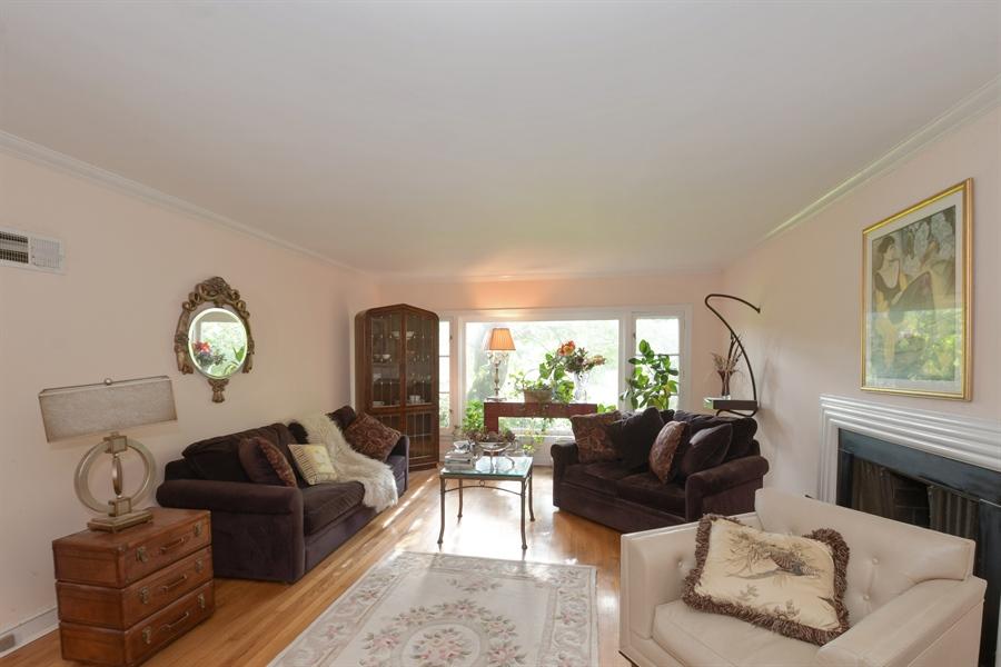 Real Estate Photography - 1555 Half Day Road, Bannockburn, IL, 60015 - Living Room