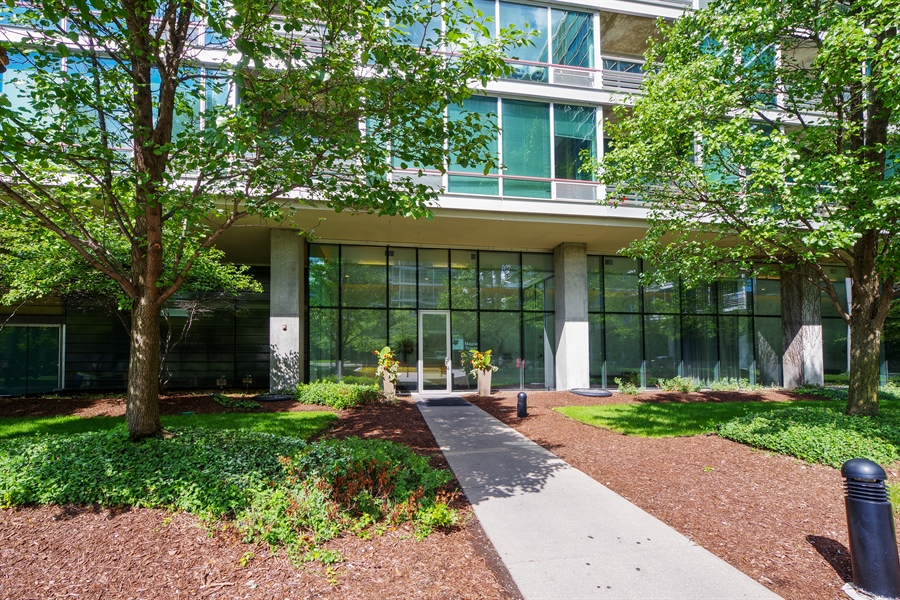 Real Estate Photography - 9725 Woods Drive, Unit 518, Skokie, IL, 60077 - Front View