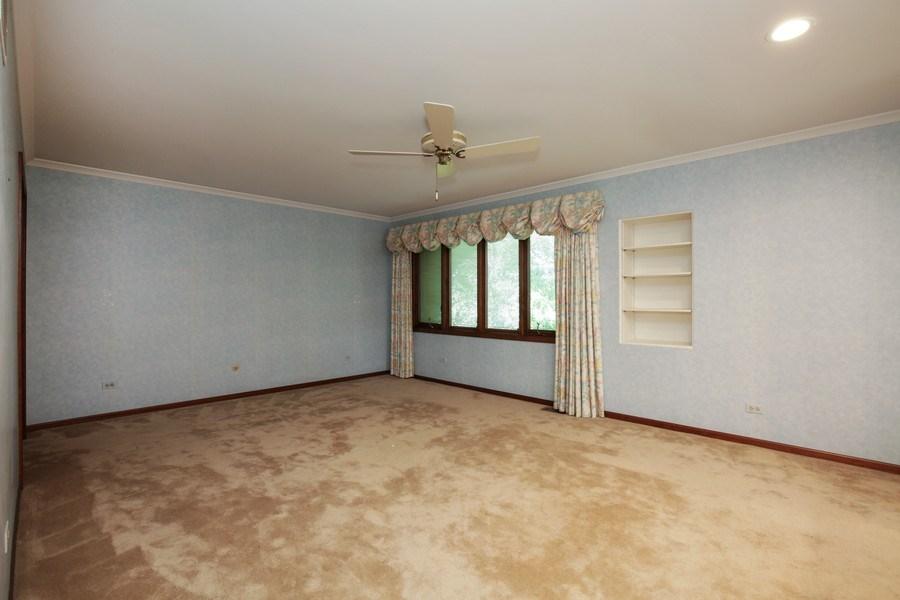 Real Estate Photography - 127 Hidden Oaks Dr, Barrington, IL, 60010 - Master Bedroom