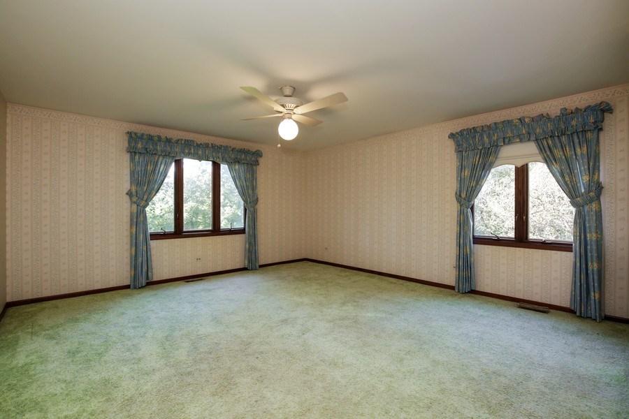 Real Estate Photography - 127 Hidden Oaks Dr, Barrington, IL, 60010 - 3rd Bedroom