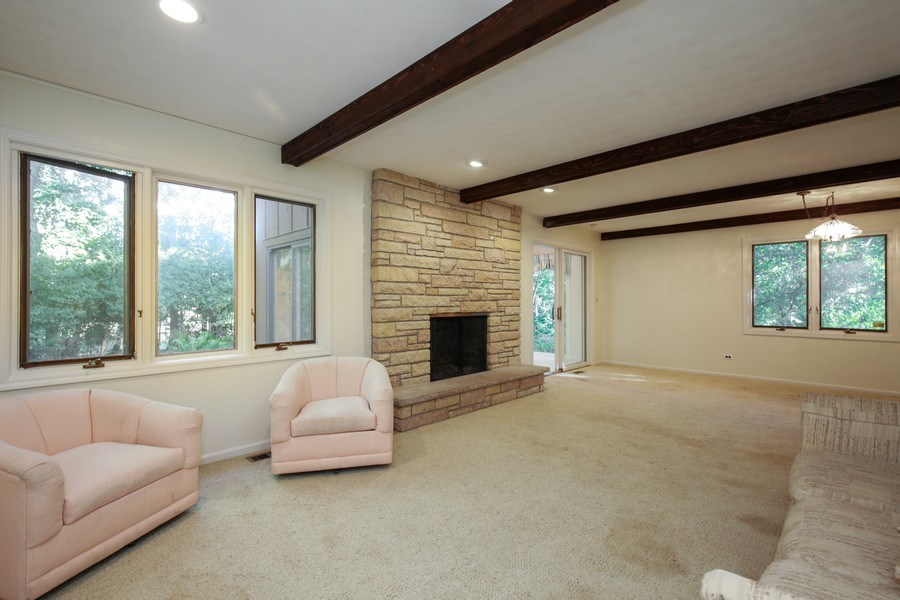 Real Estate Photography - 127 Hidden Oaks Dr, Barrington, IL, 60010 - Family Room
