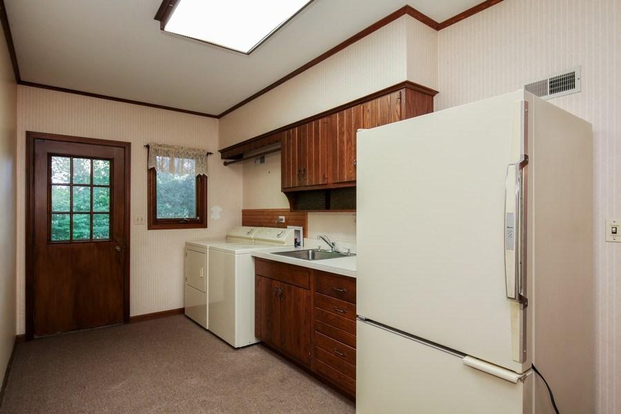 Real Estate Photography - 127 Hidden Oaks Dr, Barrington, IL, 60010 - Laundry Room