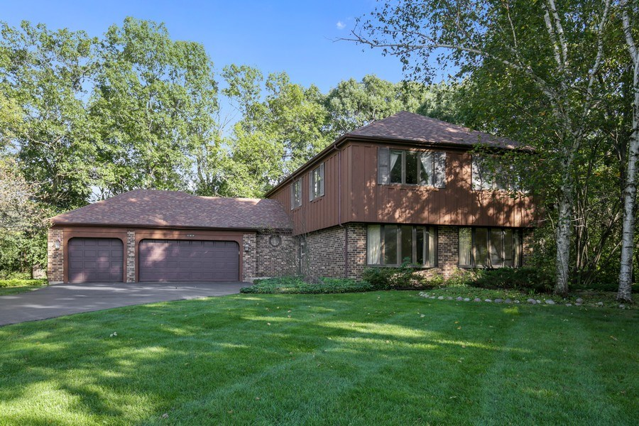 Real Estate Photography - 127 Hidden Oaks Dr, Barrington, IL, 60010 - Front View