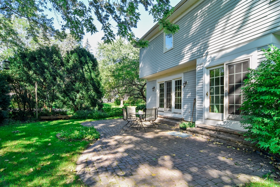Real Estate Photography - 2 Juniper Road, Rolling Meadows, IL, 60008 - Patio