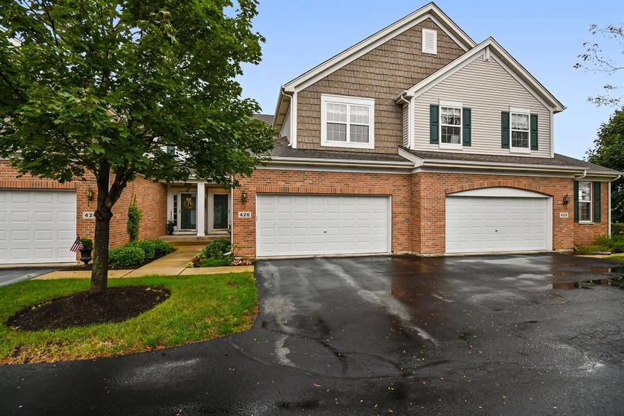 Real Estate Photography - 426 Wolcott Lane, Batavia, IL, 60510 - Front View