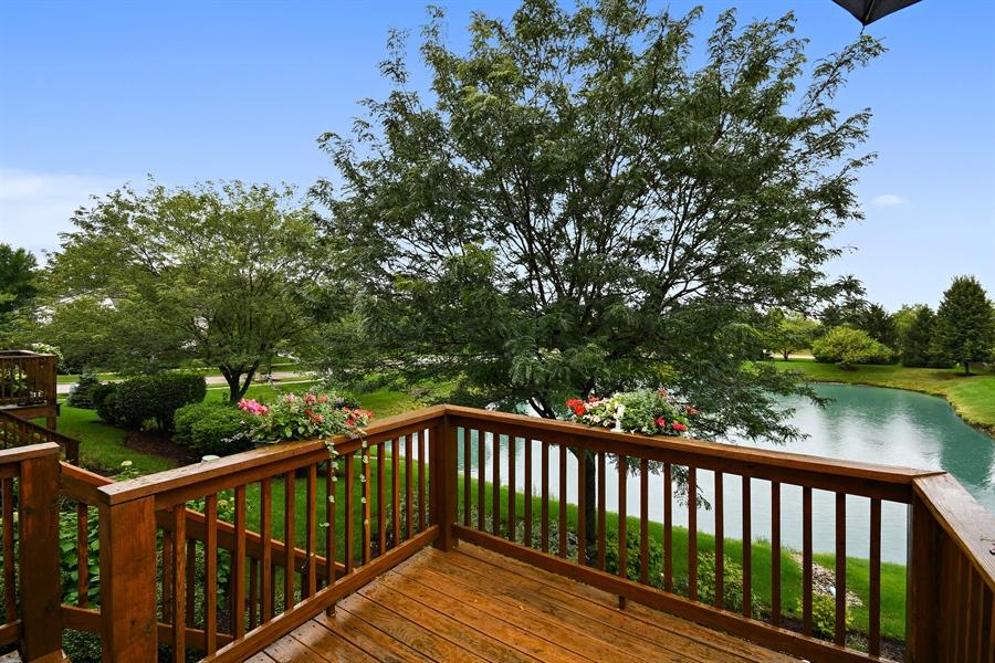 Real Estate Photography - 426 Wolcott Lane, Batavia, IL, 60510 - Deck