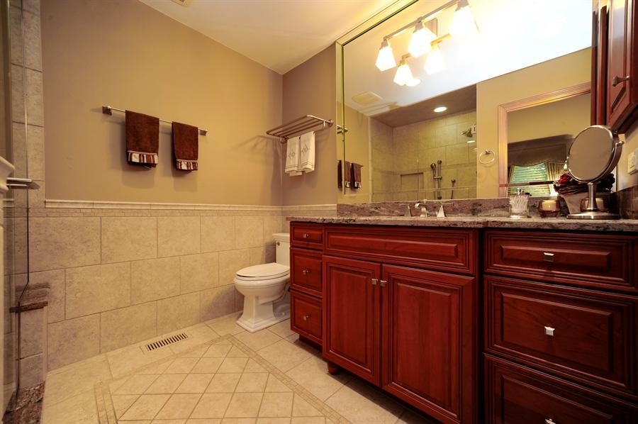 Real Estate Photography - 1315 W. Kingsley Drive, Arlington Heights, IL, 60004 - Master Bathroom