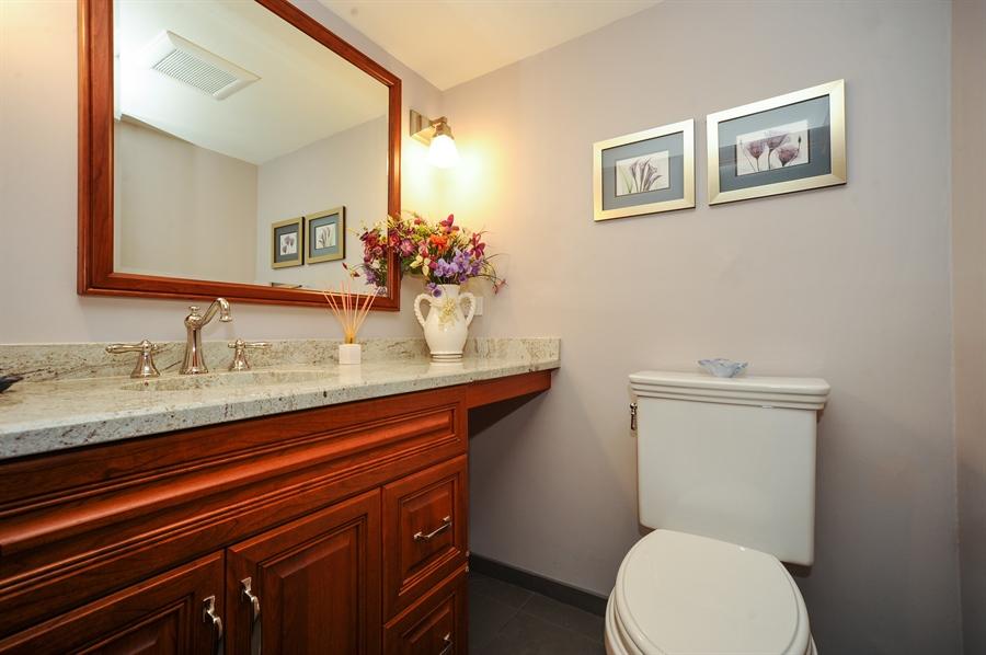 Real Estate Photography - 1315 W. Kingsley Drive, Arlington Heights, IL, 60004 - Bathroom