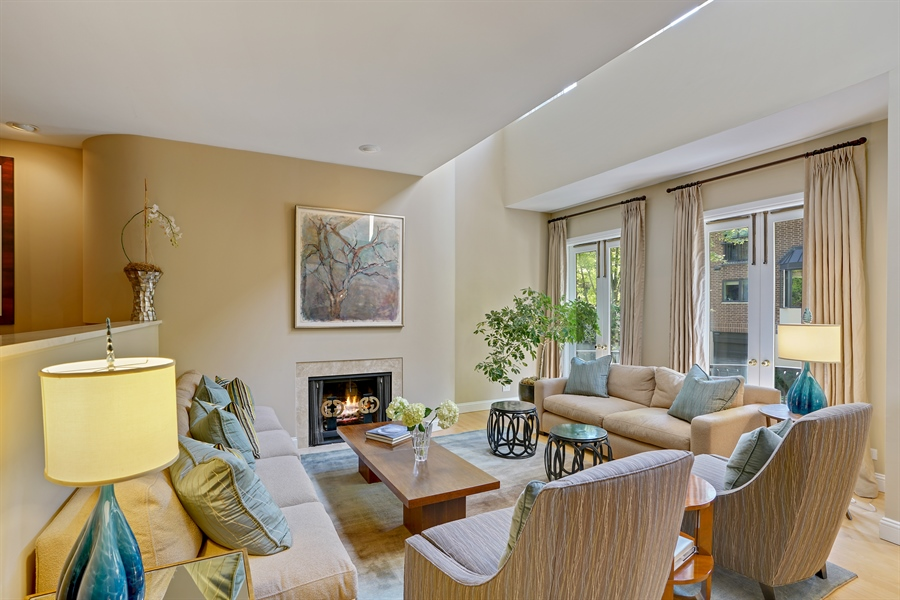Real Estate Photography - 1329 N. Sutton Place, Chicago, IL, 60610 - Living Room