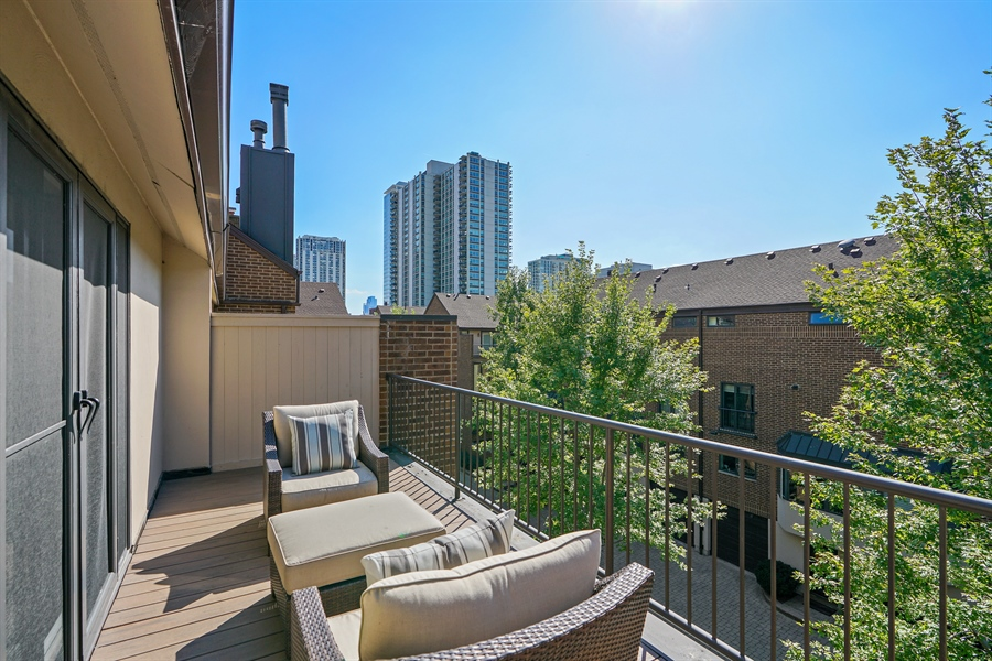 Real Estate Photography - 1329 N. Sutton Place, Chicago, IL, 60610 - Master Bedroom Terrace