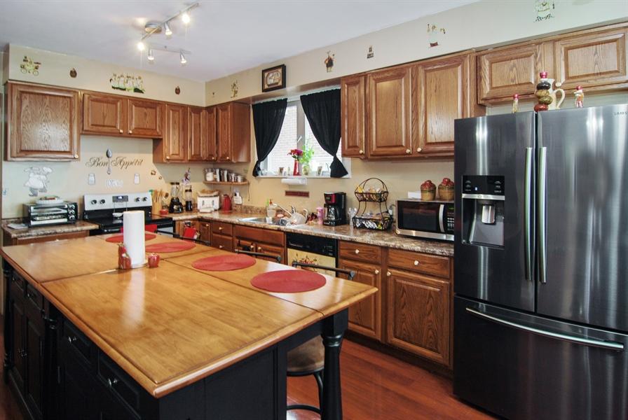 Real Estate Photography - 7038 35th Street, Berwyn, IL, 60402 - Kitchen
