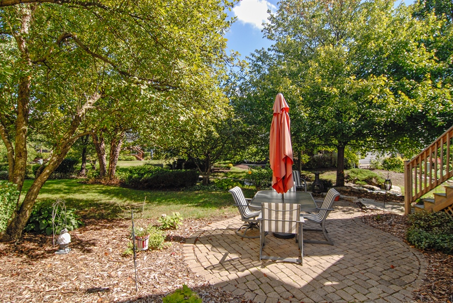 Real Estate Photography - 2300 Brookside Court, Aurora, IL, 60502 - Patio
