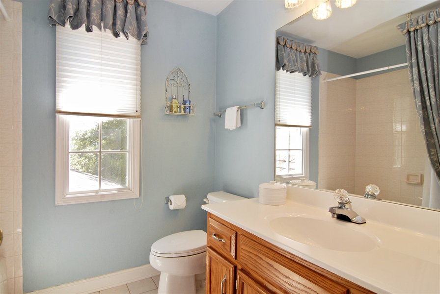 Real Estate Photography - 2300 Brookside Court, Aurora, IL, 60502 - 2nd Bathroom