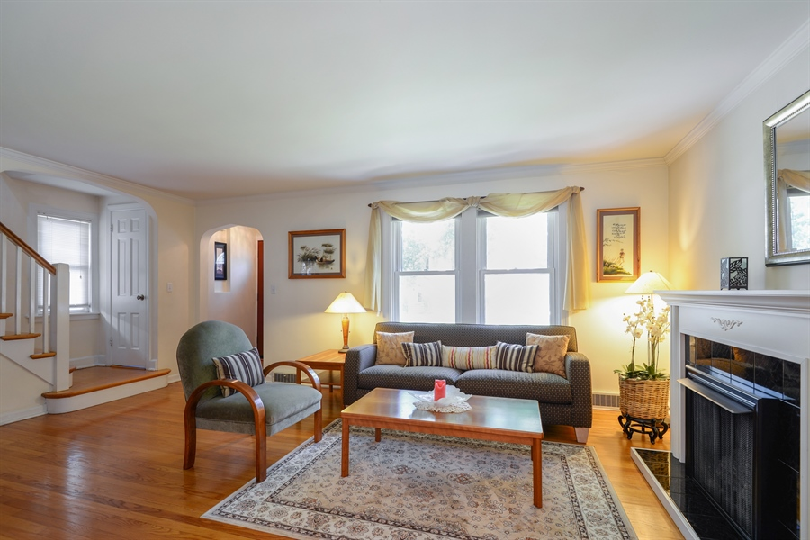 Real Estate Photography - 6210 N. Keeler Avenue, Chicago, IL, 60646 - Living Room