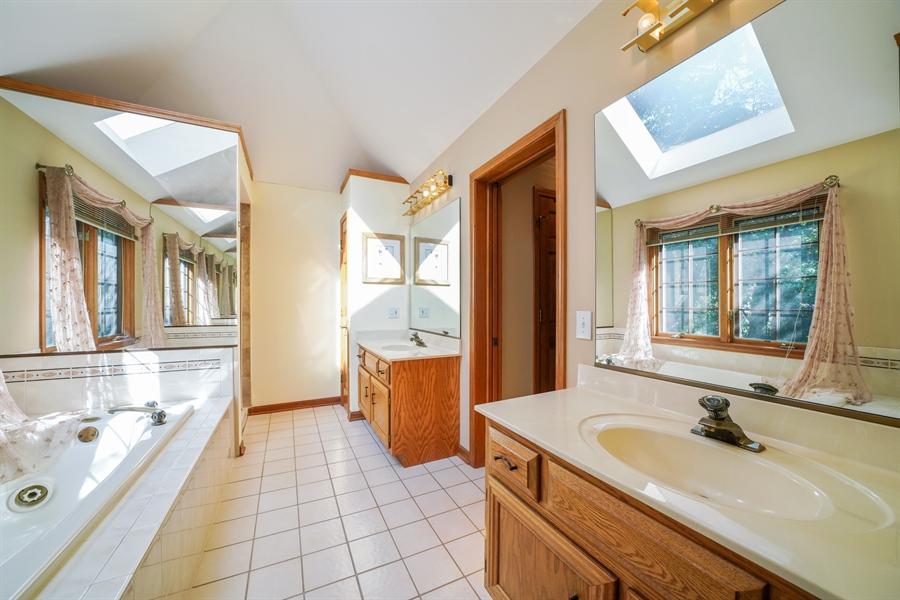 Real Estate Photography - 1278 Keim Trail, Bartlett, IL, 60103 - Master Bathroom