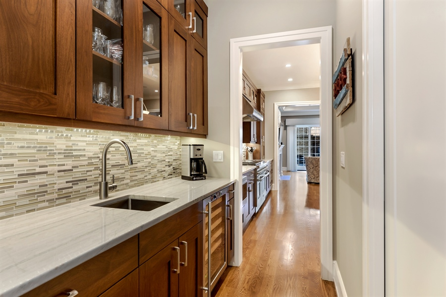 Real Estate Photography - 1330 W. School Street, Chicago, IL, 60657 - Butler's pantry