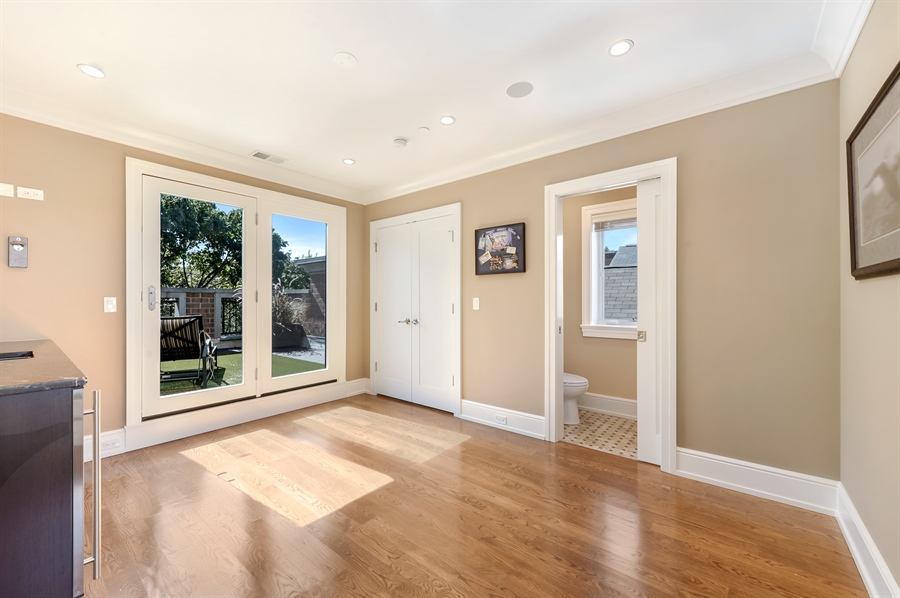 Real Estate Photography - 1330 W. School Street, Chicago, IL, 60657 - Great Room