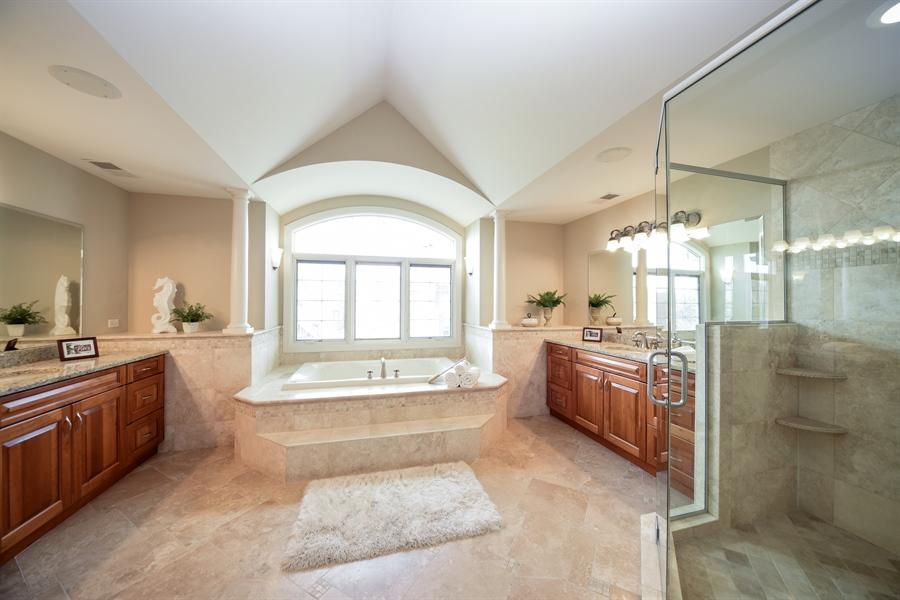Real Estate Photography - 22220 N. PRAIRIE Lane, Kildeer, IL, 60047 - Master Bathroom