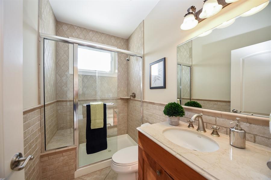 Real Estate Photography - 22220 N. PRAIRIE Lane, Kildeer, IL, 60047 - 1st floor full Bath