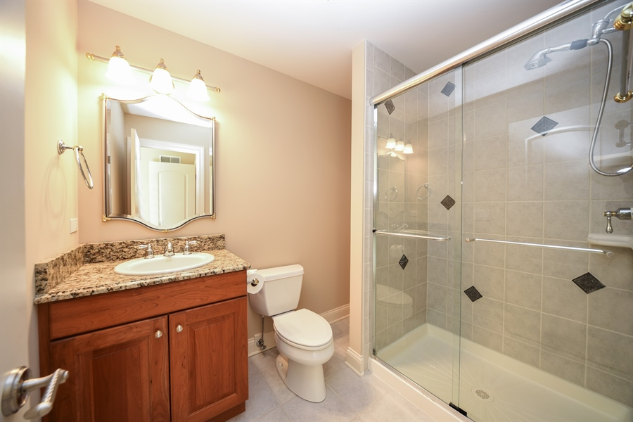 Real Estate Photography - 22220 N. PRAIRIE Lane, Kildeer, IL, 60047 - 2nd Bathroom