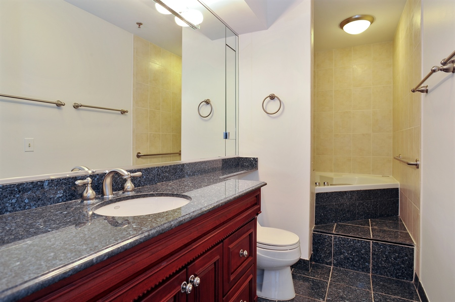 Real Estate Photography - 400 E Ohio, 4802, Chicago, IL, 60611 - Master Bathroom