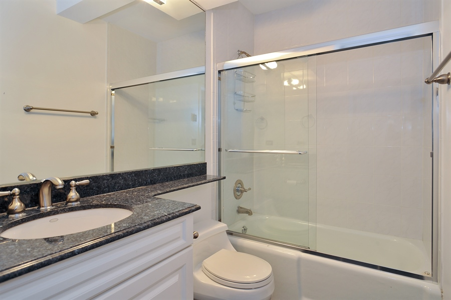 Real Estate Photography - 400 E Ohio, 4802, Chicago, IL, 60611 - Bathroom