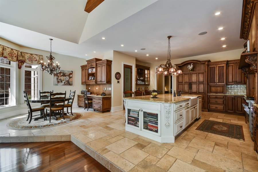 Real Estate Photography - 38W365 Heritage Oaks Drive, St. Charles, IL, 60175 - Kitchen / Breakfast Room