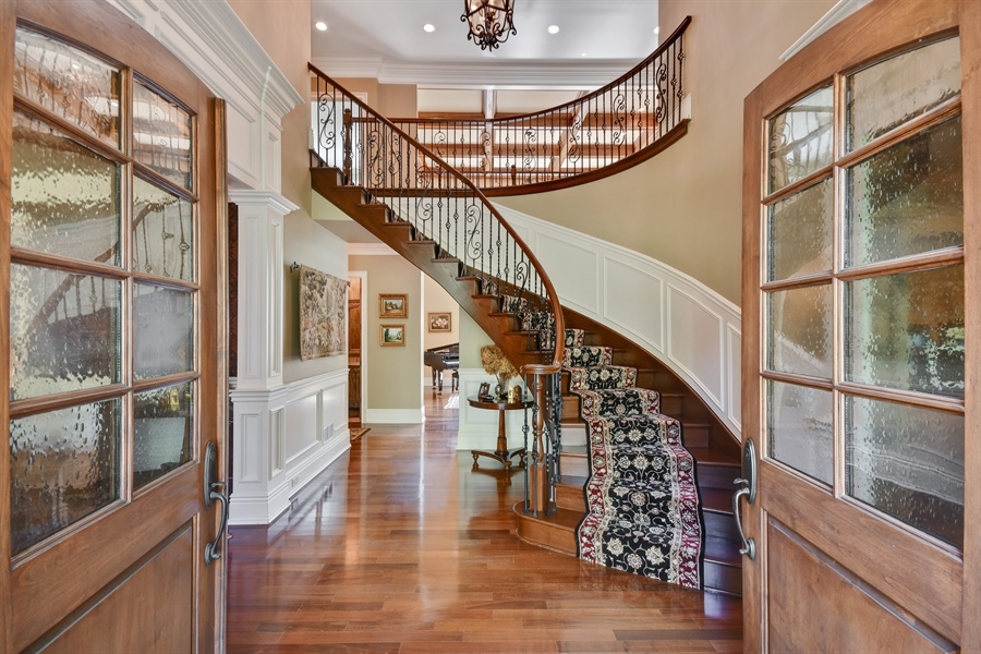 Real Estate Photography - 38W365 Heritage Oaks Drive, St. Charles, IL, 60175 - Foyer