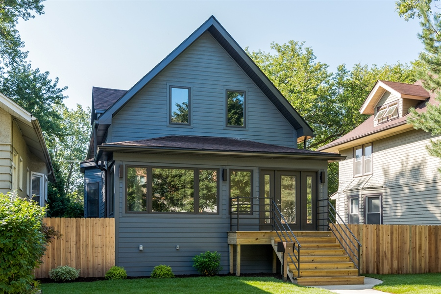Real Estate Photography - 2125 W. Greenleaf Avenue, Chicago, IL, 60645 - Front View