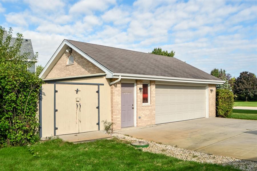 Real Estate Photography - 12303 Cashlenan Lane, New Lenox, IL, 60451 - Garage