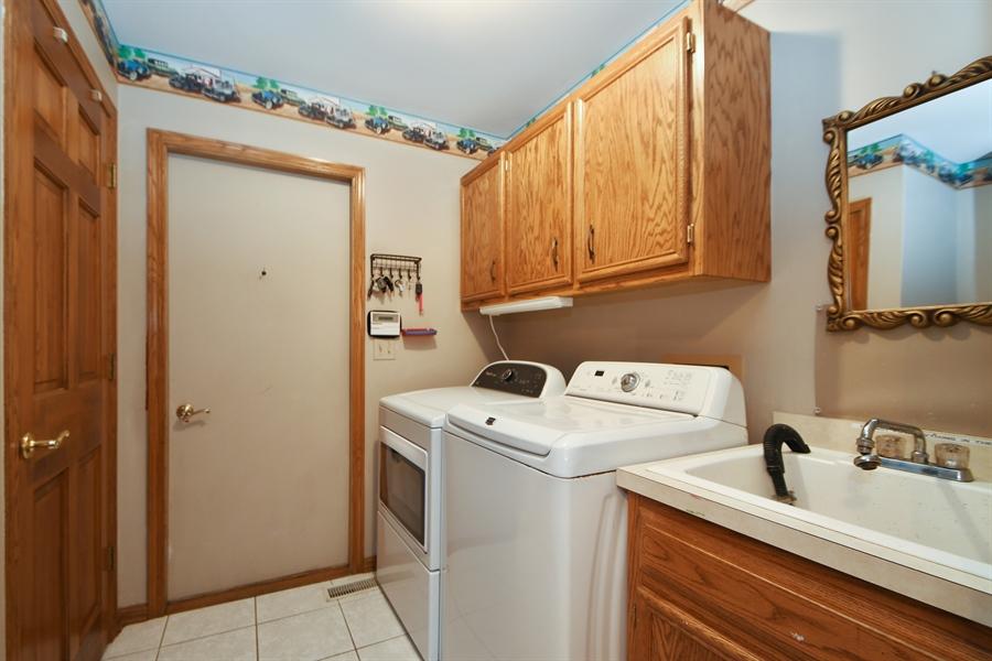 Real Estate Photography - 12303 Cashlenan Lane, New Lenox, IL, 60451 - Laundry Room