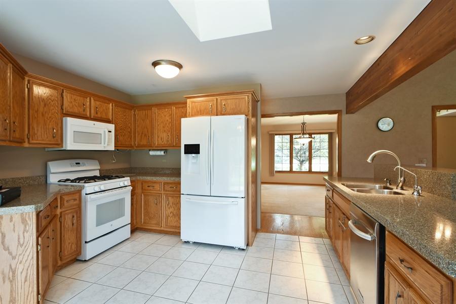 Real Estate Photography - 12303 Cashlenan Lane, New Lenox, IL, 60451 - Kitchen
