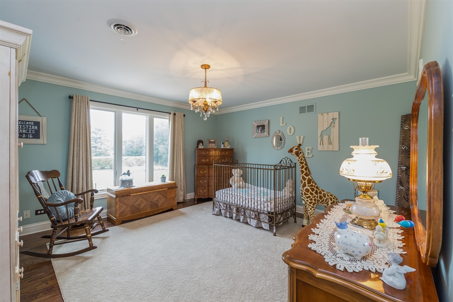 Real Estate Photography - 29W554 Sunset Ridge Dr, Bartlett, IL, 60103 - Bedroom 3